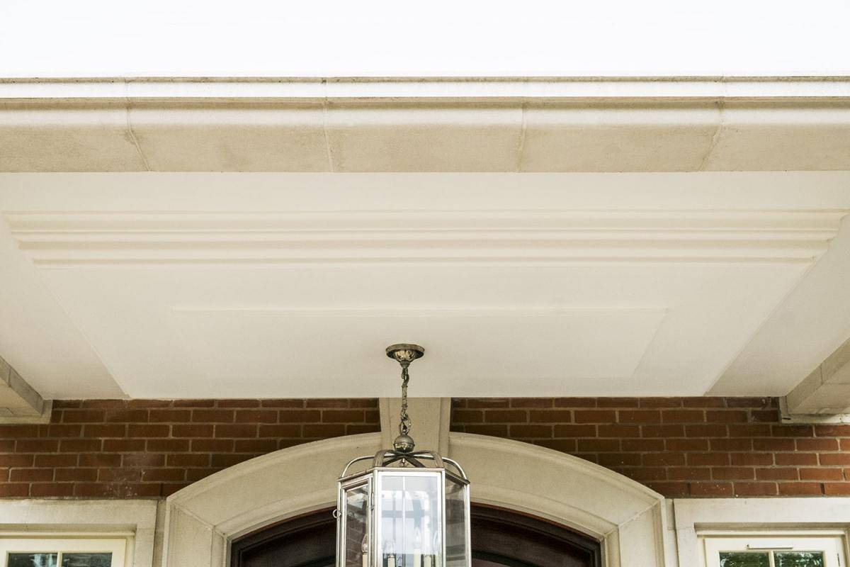 Porch ceiling refurbishment with plaster coving ceiling rose